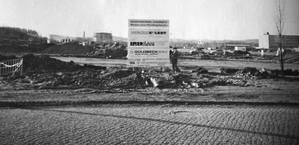 Firmengelände vor dem Neubau
